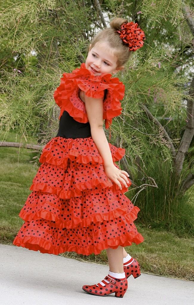 Pip as Señorita Penelope the Flamenco dancer.